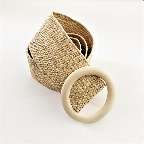 Round Timber Buckle Textured Weave Belt