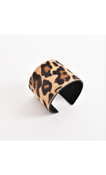 Hide Moulded Cuff