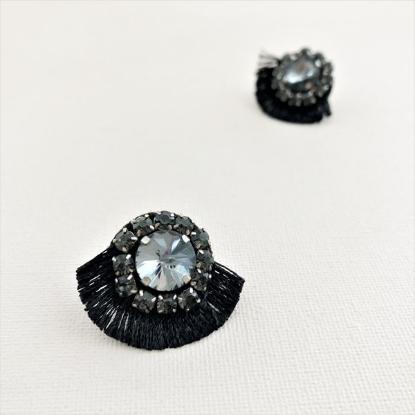Tiny Fringe Edge Jewel Stud Earrings