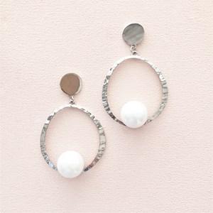 Beaten Metal Ring Faux Pearl Drop Earring
