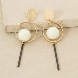 9cm Pearl Centre and Rod Drop Earring