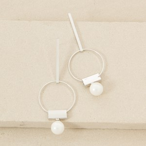 9cm Rod Circle and Pearl Earring
