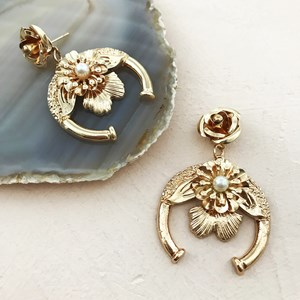 Double Flower Horse Shoe Mini Drop Earring