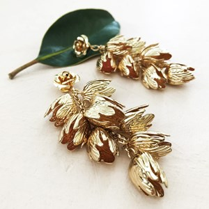 Cascading Metal Tulips Earring