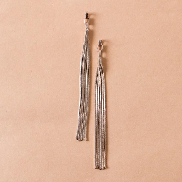 Chain Link Top Polished Metal Tassel Earring