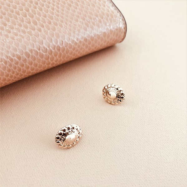 Patterned Oval Stud Earrings