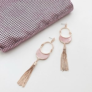 Resin Curved Ring Tassel Earrings