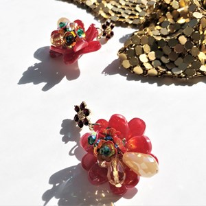 Diamante Top Resin Flower Earrings