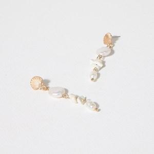Fine Fan Shell & Pearl Mix Mini Drop Earrings