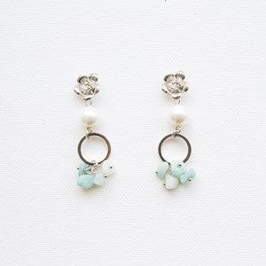 Flower Pearl Ring & Stone Chips Mid Drop Earrings