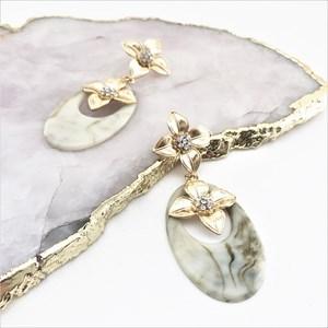 Double Flower Resin Oval Drop Earrings