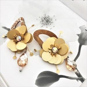 Resin Ovals Sequin Flower Earrings