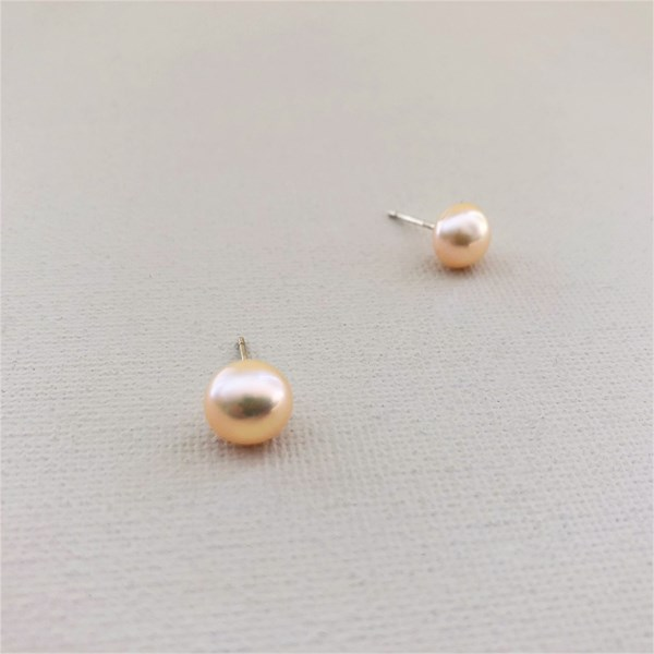 Freshwater Pearl 9mm Stud Earring