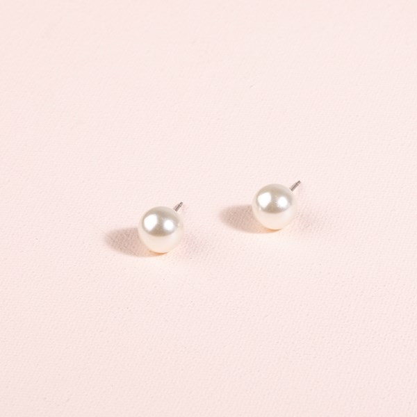 Glass Pearl Stud Earrings