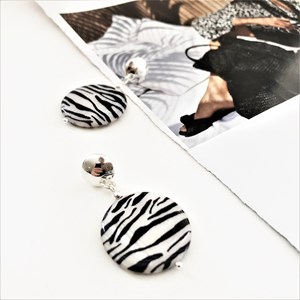 Pattern Disc Button Top Earrings