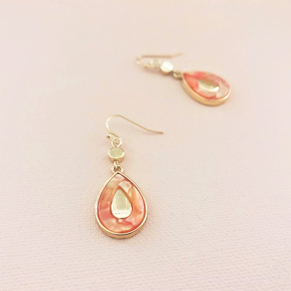 Metal Insert Teardrop Hooks Earrings