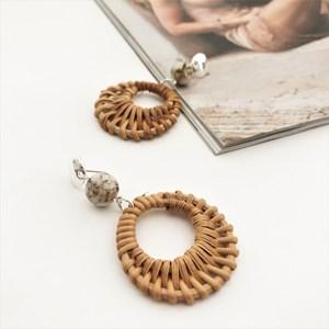 Canggu Rattan Ring & Stone Drop Earrings