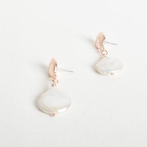 Button Pearl Cast Top Earrings