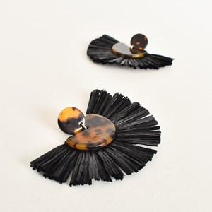 Raffia Resin Fringe Earrings