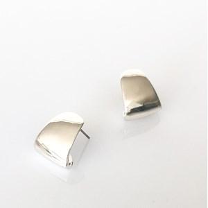 Mini Metal Curved Earrings