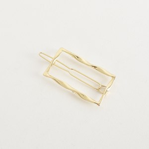 Ally Twisted Metal Rectangle Hair Clip
