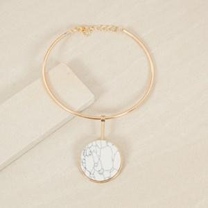 Stone Circle Pendant Metal Collar Necklace