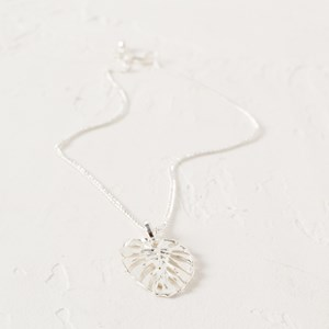 Fine Chain & Small Monstera Leaf Necklace