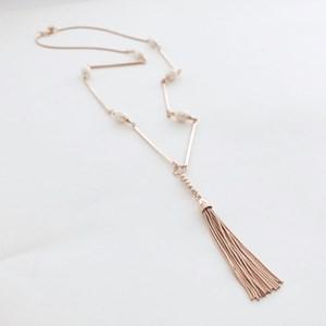 Fresh Water Pearl Intervals Metal Tassel Necklace
