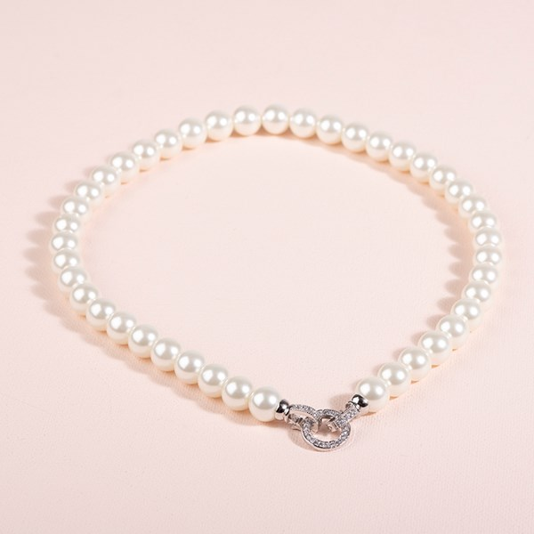 Diamante Clasp Glass Pearl Necklace