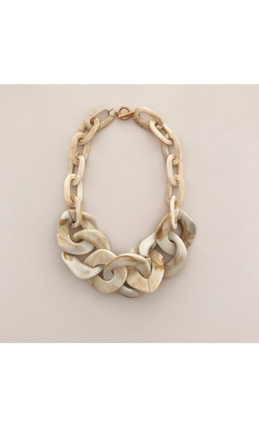 Isla Large Resin Links Short Necklace