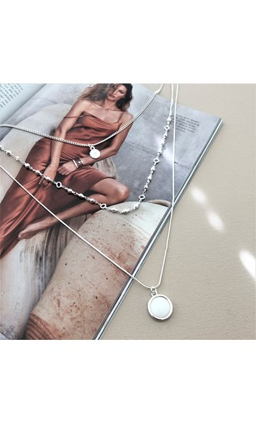 Mother of Pearl Layer Long Necklace