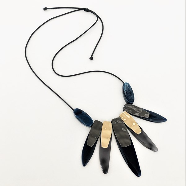 Resin Metal Spike Front Necklace