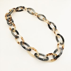 Simple Oval Resin Rings Necklace