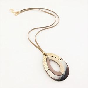 Teardrop Cutout Resin Metal Necklace