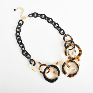 Resin Round Link & Chain Necklace