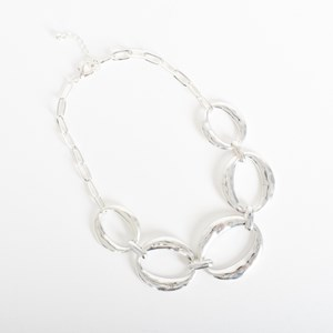 Oval Front Metal Short Necklace
