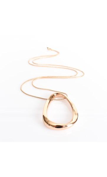 Curved Teardrop Pendant Necklace