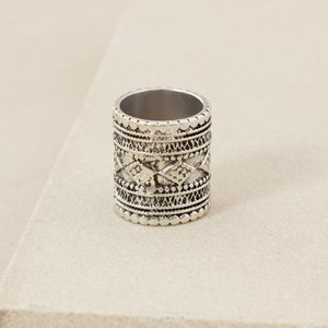 Eastern Diamond Inscribed Cylinder Ring