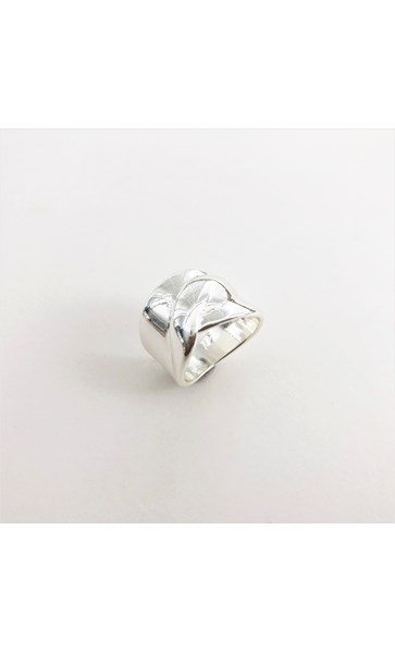 Entwined Moulded Metal Ring