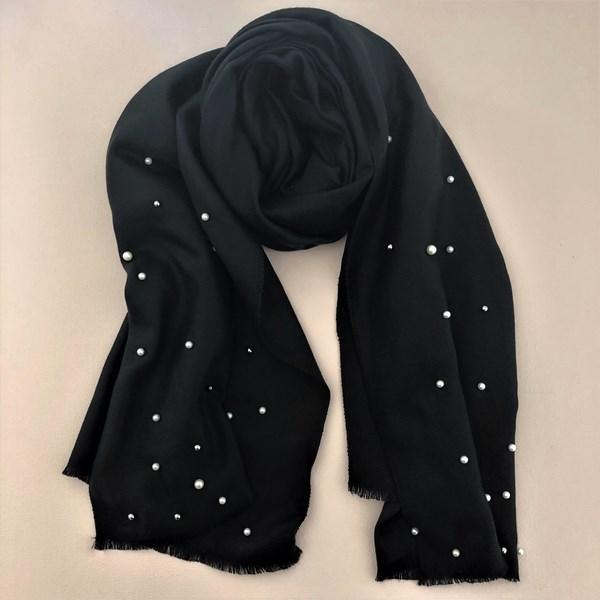 Pearl & Metal Balls Blanket Scarf