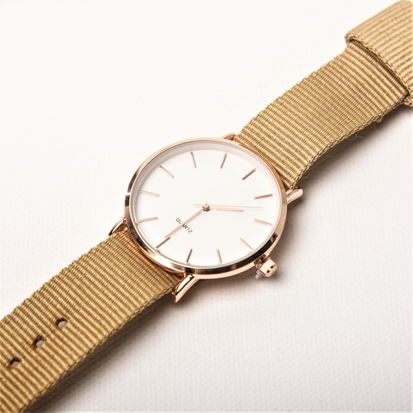 Plain Webbing Band Watch