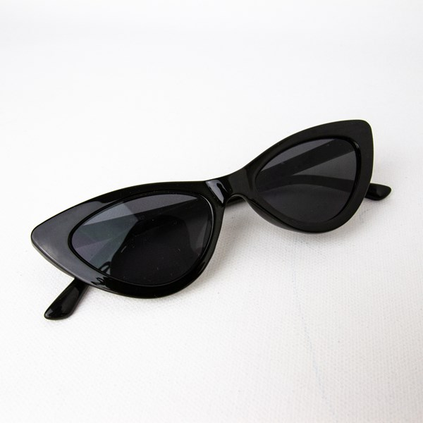 7628B Marilyn Cats Eye Sunglasses