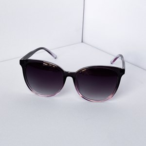 8386F The Weekender Sunglasses