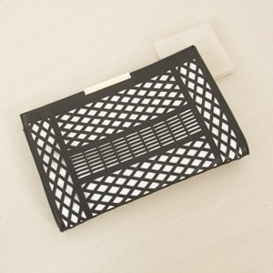 Diamond Pattern Cut out Bar Clutch