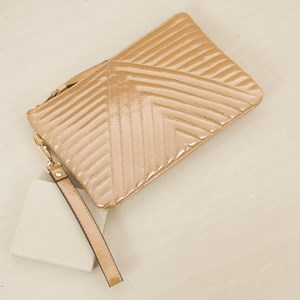 V Quilt Simple Clutch
