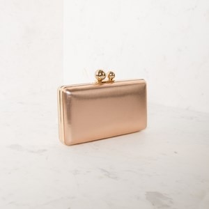 Soft Textured Double Ball Structured Clutch