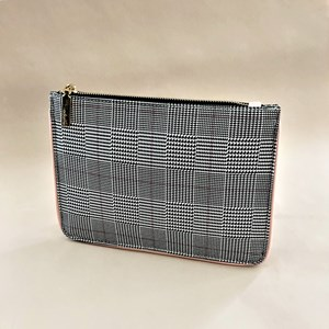 Houndstooth Check Piped Edge Pouch