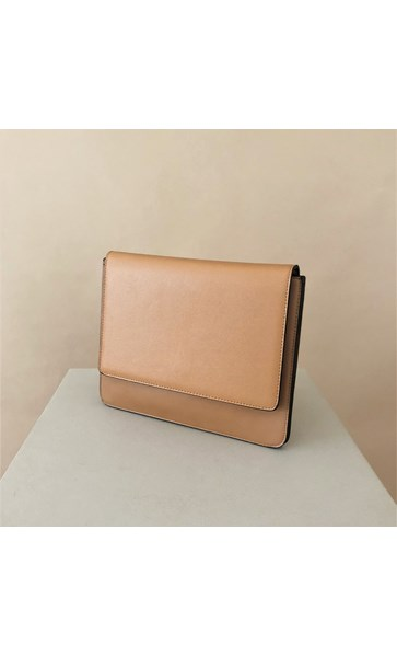 Stingray Tonal Fold Over Slim Clutch