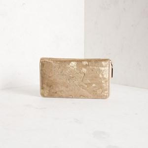 Hide Ziparound Wallet