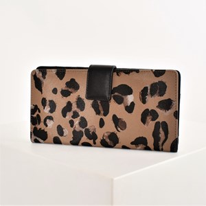 Abstract Leopard Print Weekender Travel Wallet
